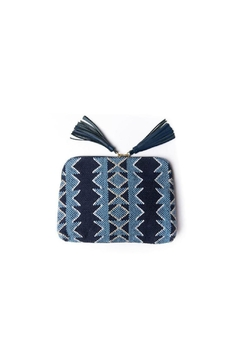 Bloom & Give Kavya Clutch - Product List Image