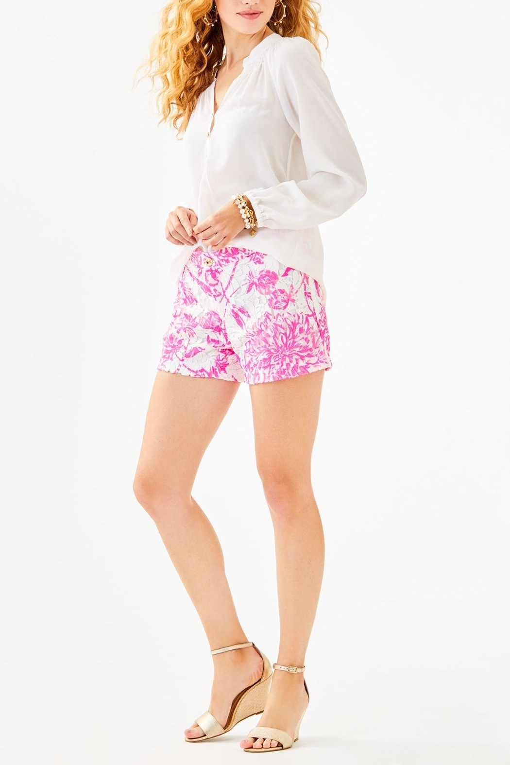 Lilly Pulitzer Kelly Lace Short - Back Cropped Image