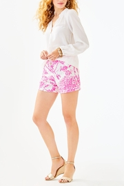 Lilly Pulitzer Kelly Lace Short - Back cropped
