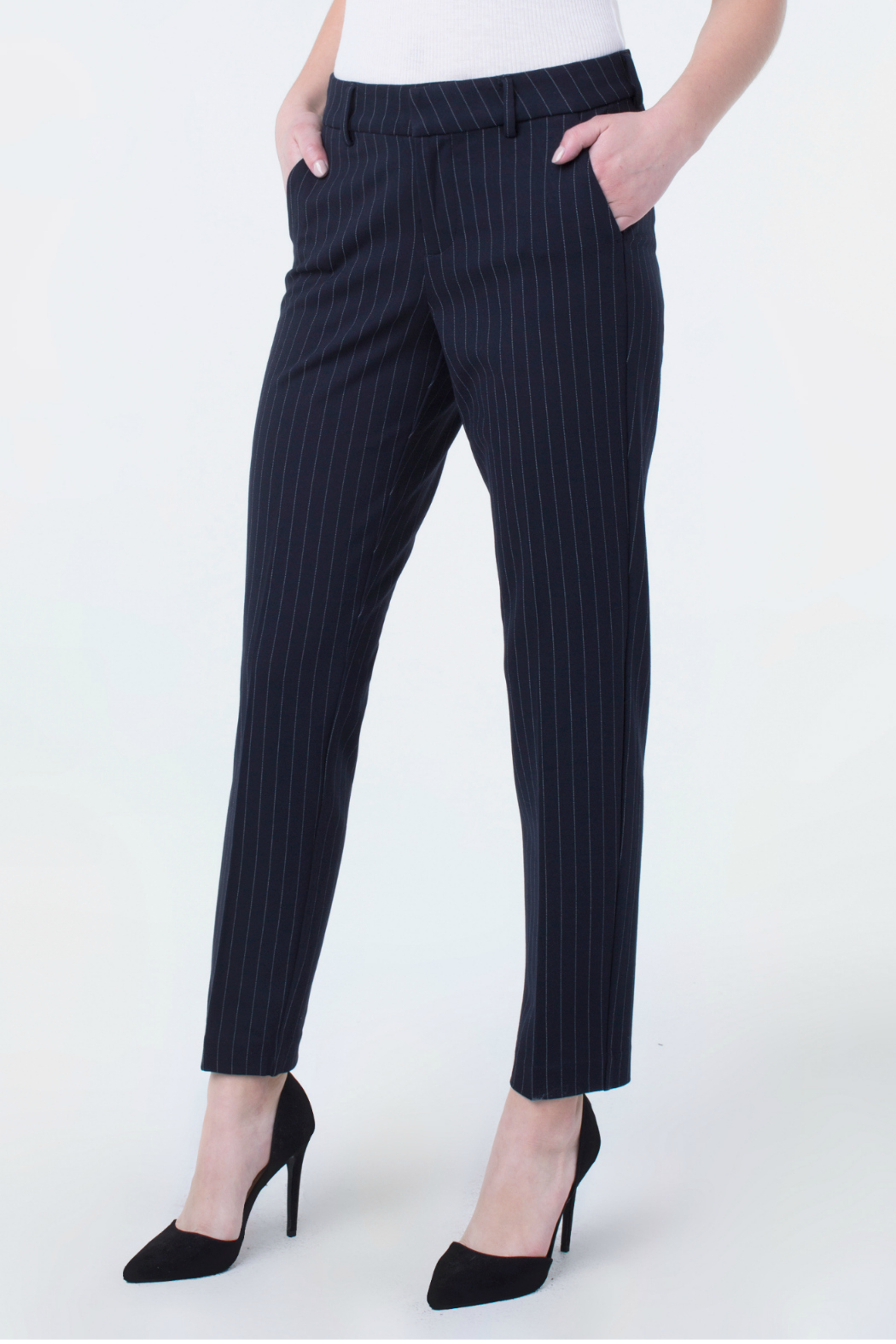 Liverpool Jeans Company Kelsey Trouser 29 From New York By Gado Gado Shoptiques