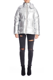 Kendall + Kylie Silver Puffer Jacket - Front cropped