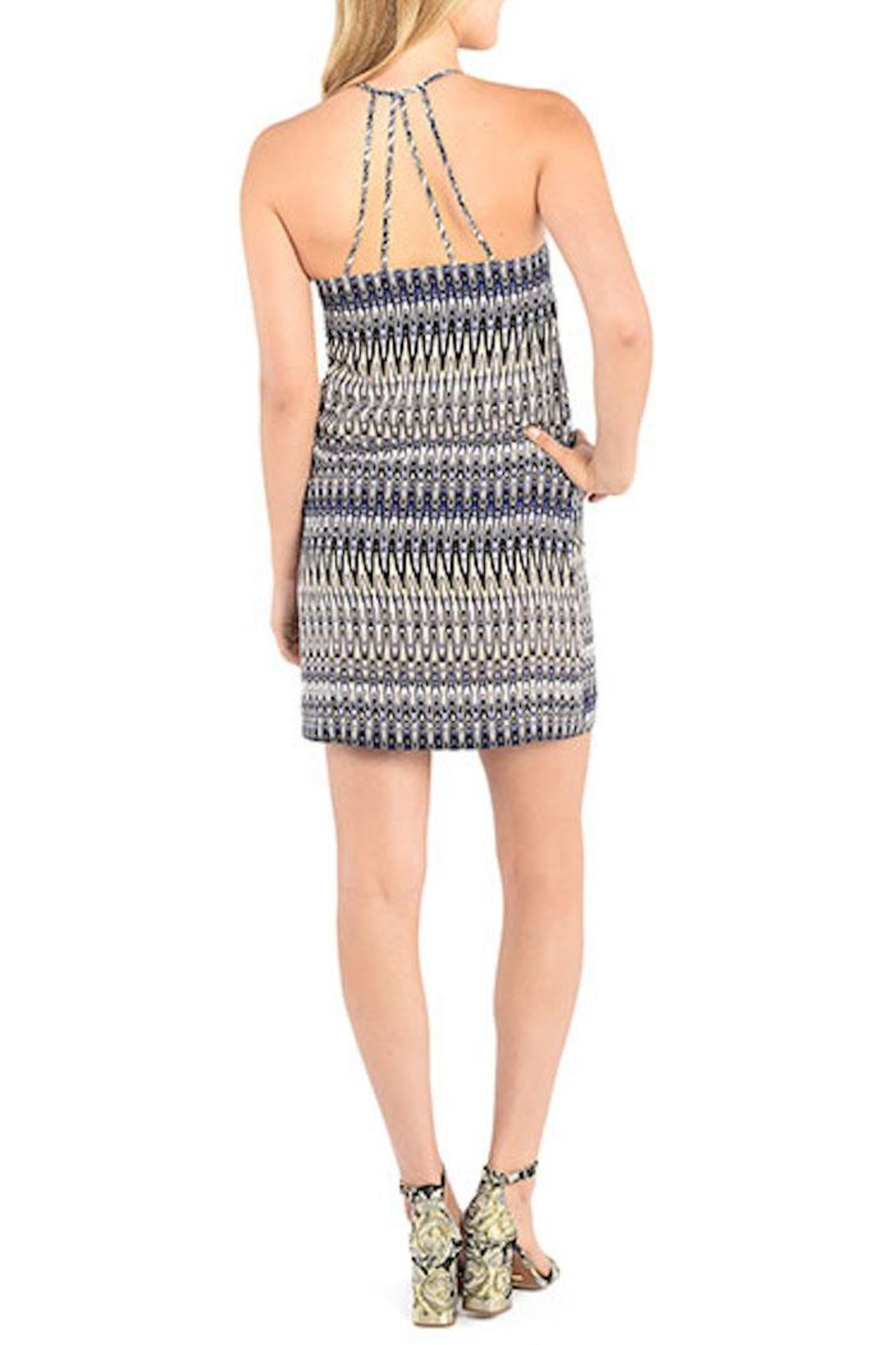Kensie Strappy Patterned Shift Dress - Side Cropped Image