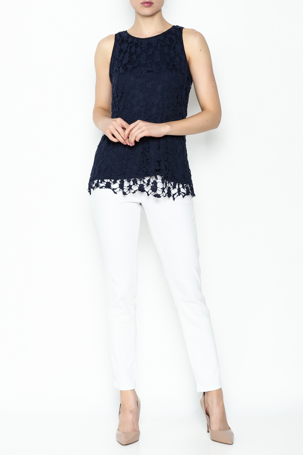 Keren Hart Lace Sleeveless Top - Side Cropped Image