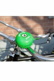Kikkerland Free Parking Bikebell - Front full body