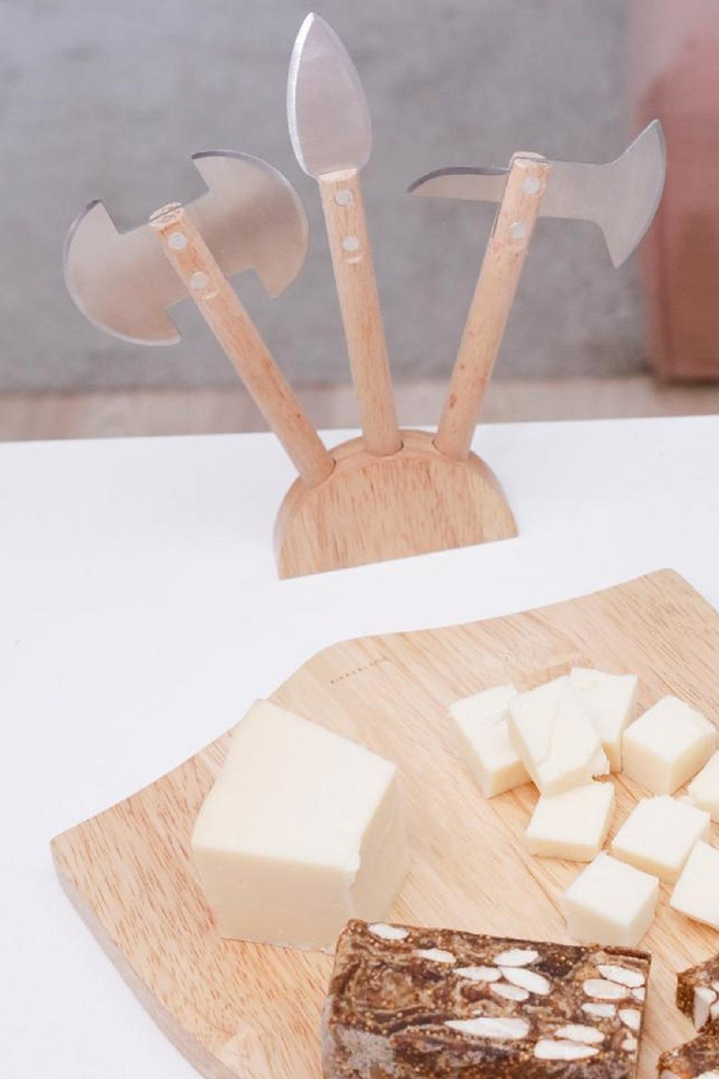 Kikkerland Medieval Cheese Board - Side Cropped Image