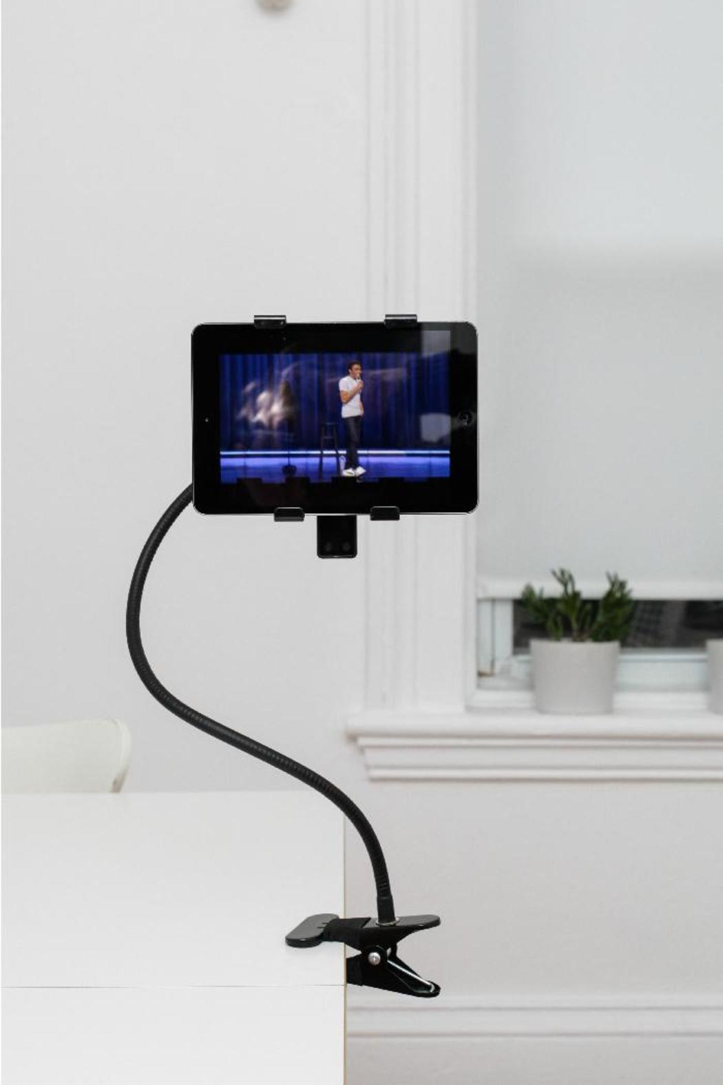Kikkerland Design Flexible Tablet Holder From Omaha By The Afternoon