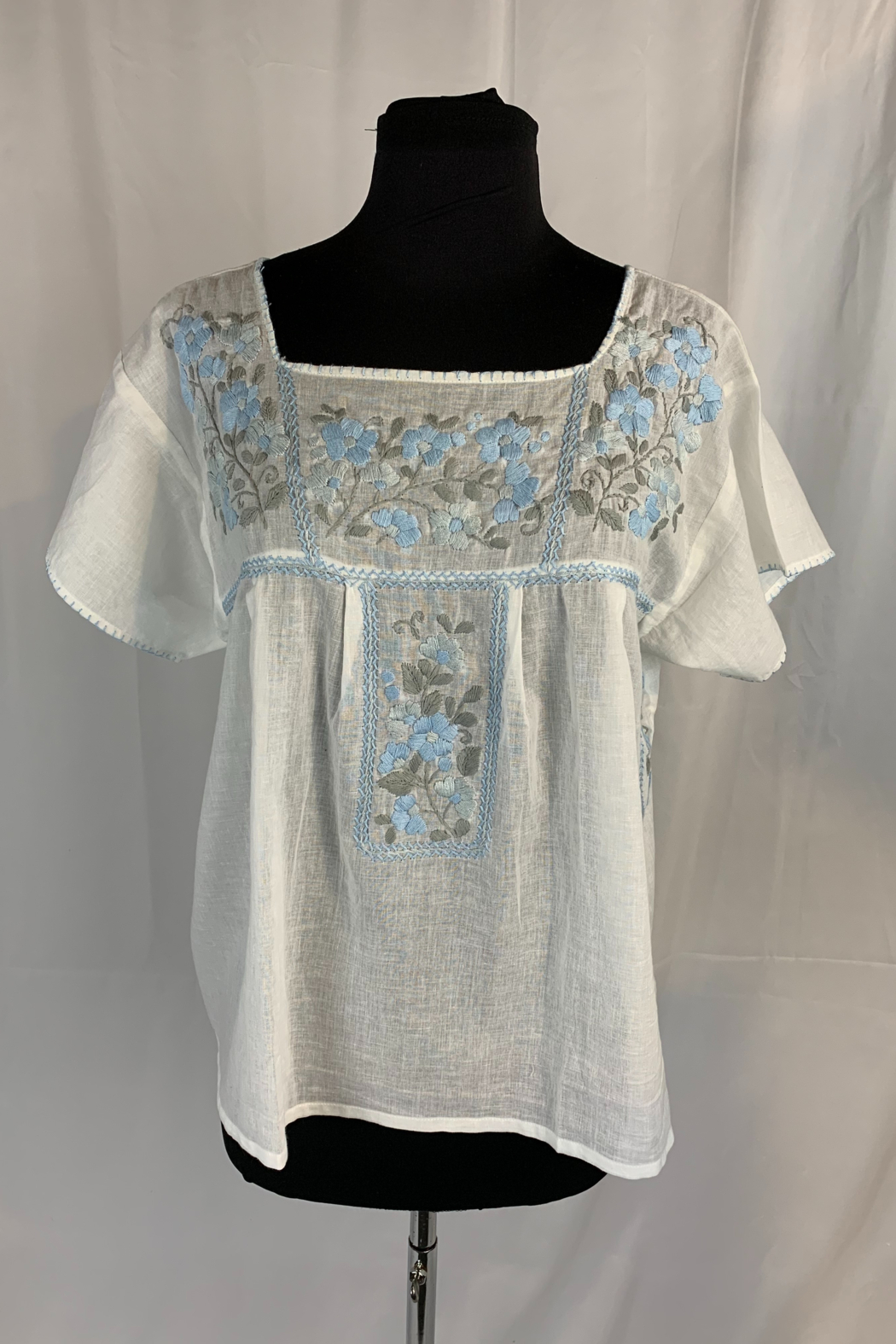 Siganka Kiss Embroidered Top Square Neck Top - Main Image