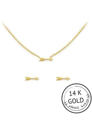 Kitsch Arrow Necklace Set - Front full body