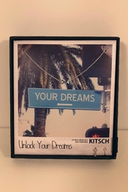 Kitsch Unlock Your Dreams - Front cropped