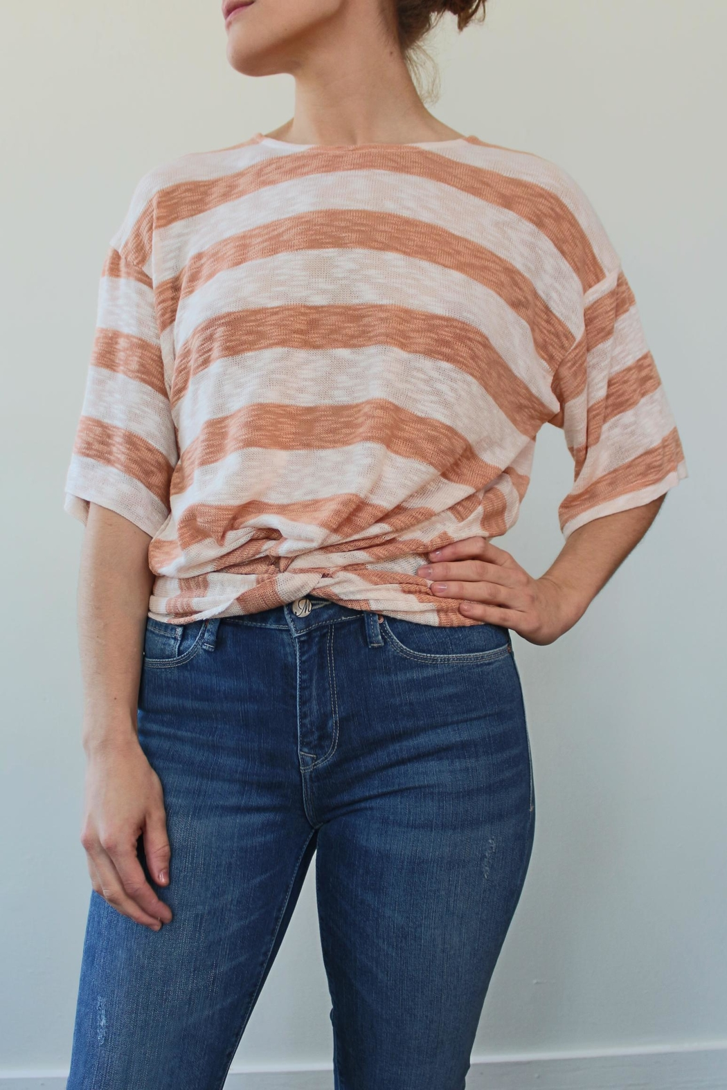 Anama Knit Top Coral - Front Cropped Image
