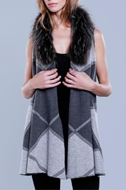 Dolce Cabo Knit Vest Racoon - Product Mini Image