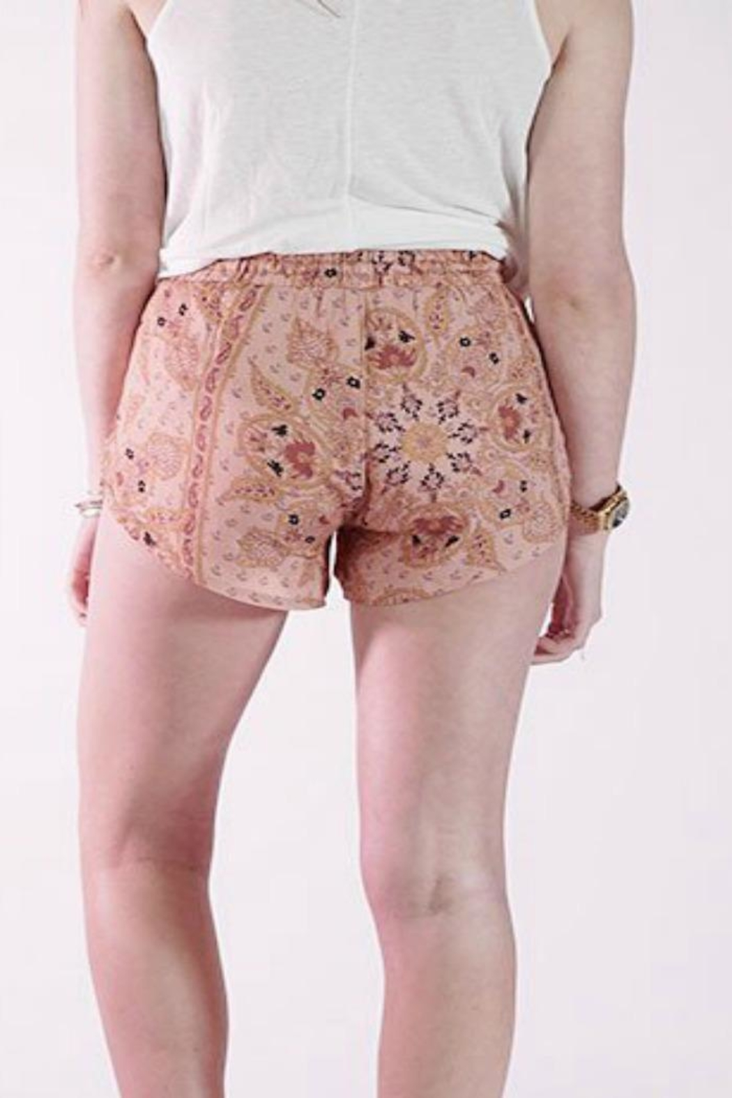 Knot Sisters Bright Eyes Shorts - Side Cropped Image
