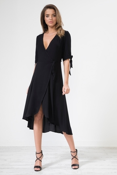 Urban Touch Knotsleeve Crossover Mididress - Product List Image