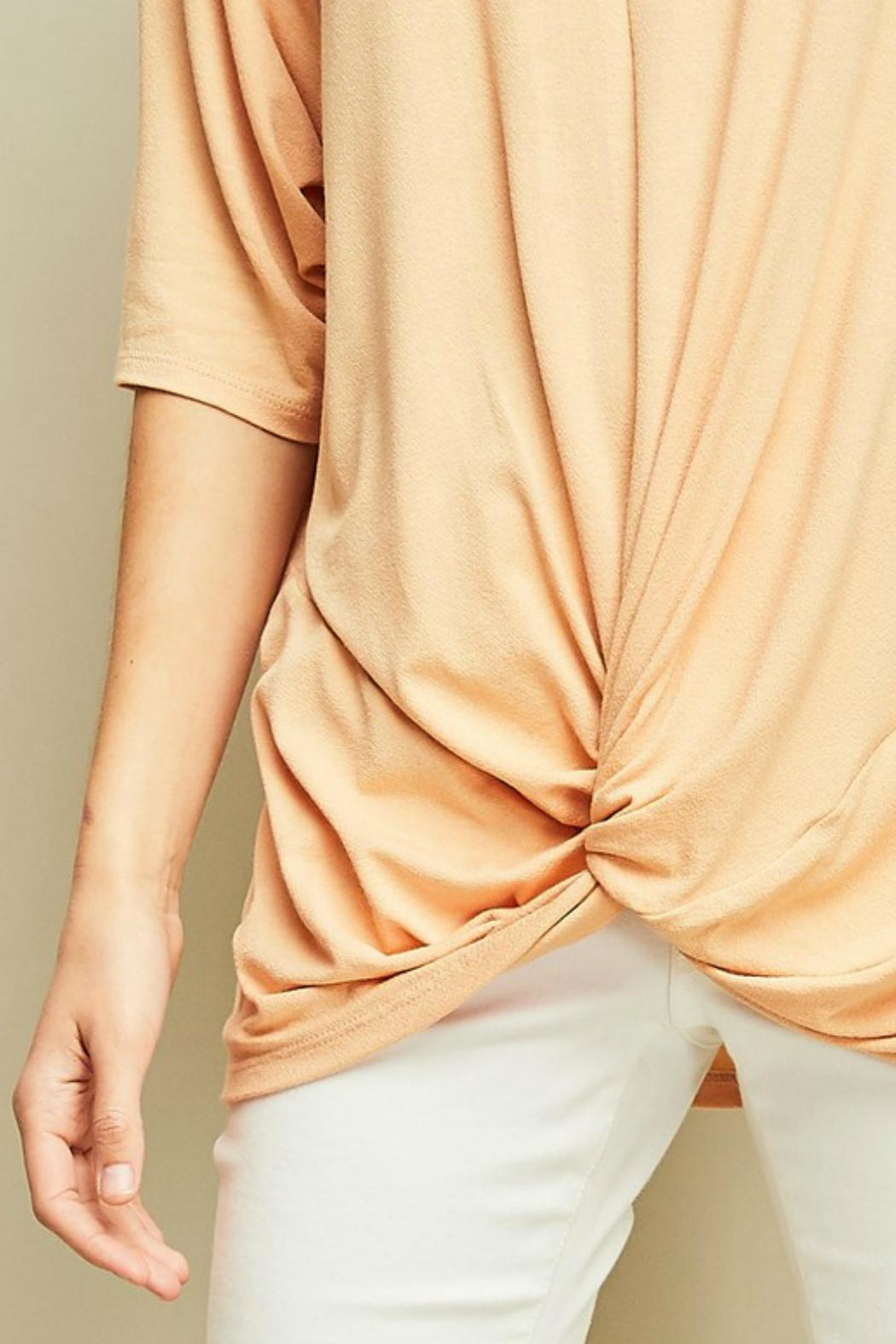 Entro Knotted Dolman-Sleeves Tunic - Back Cropped Image