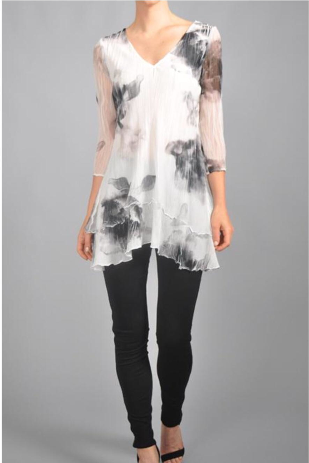 Komarov Floral Pleated Tunic - Front Cropped Image