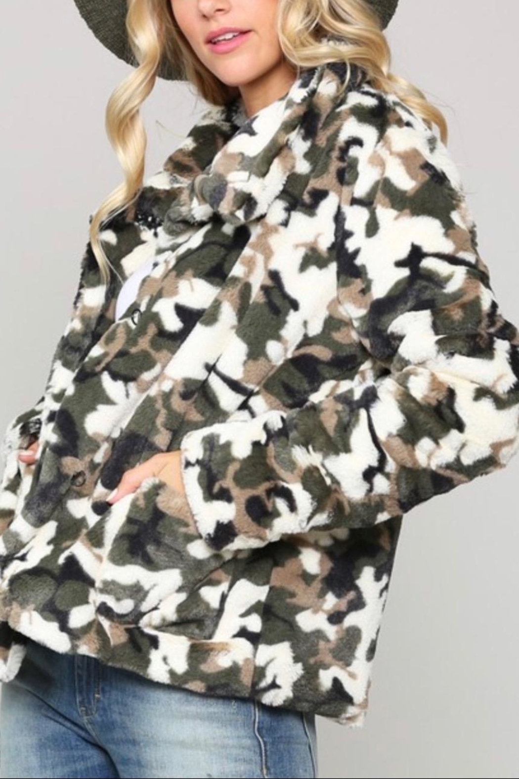 Kye Mi Camo Fur Coat - Side Cropped Image