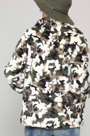 Kye Mi Camo Fur Coat - Back cropped