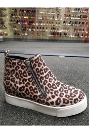 L.A. Shoe King Cheetah Sneaker Wedge - Front cropped