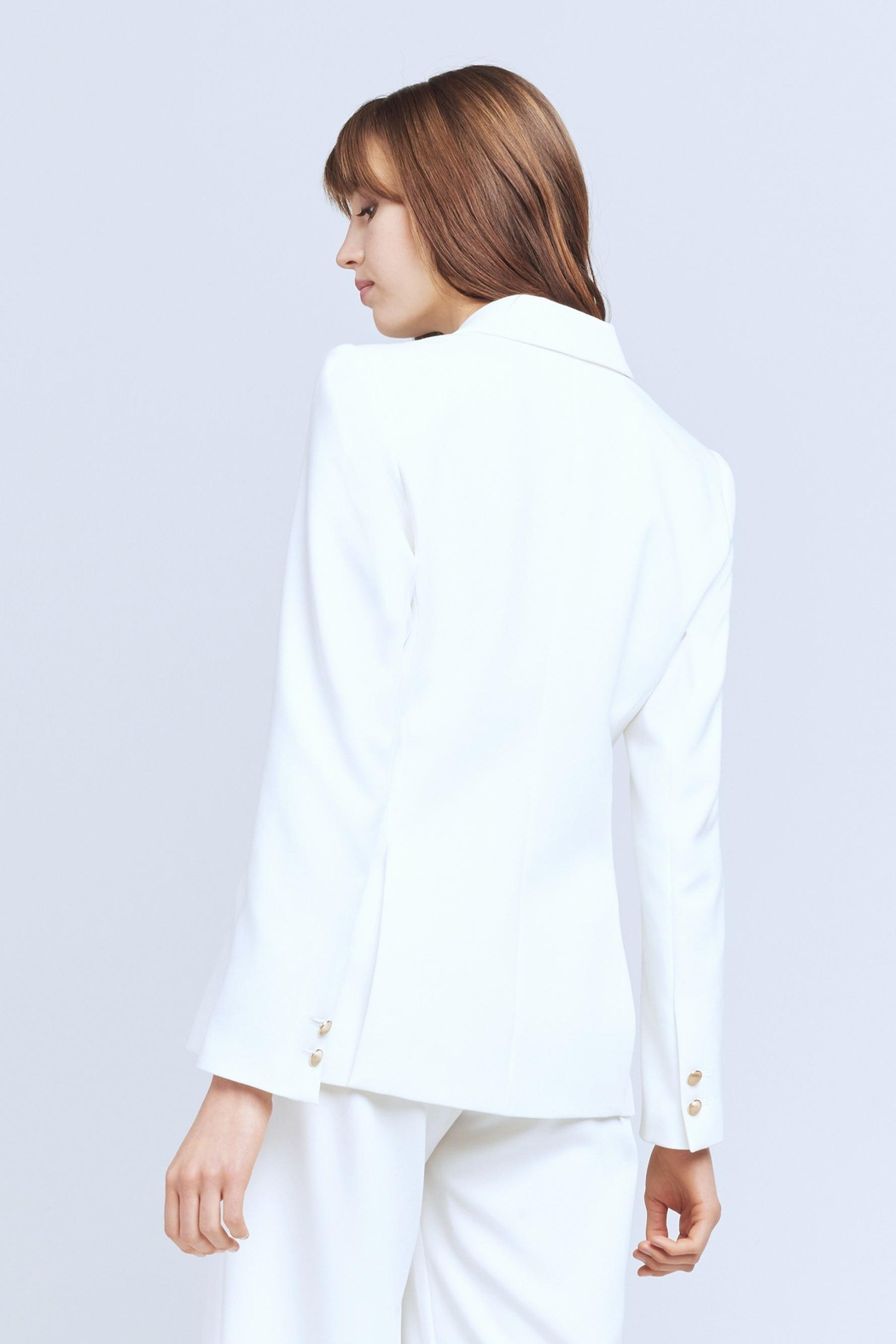 L'Agence Chamberlain Blazer In Ivory - Side Cropped Image