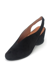 L'Amour Des Pieds Odetta Heel - Front full body