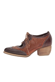 L'Artiste Gabriel Heeled Oxford Shoes - Product Mini Image