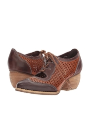 L'Artiste Gabriel Heeled Oxford Shoes - Front full body