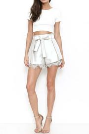 L'atiste Darling Shorts - Front cropped