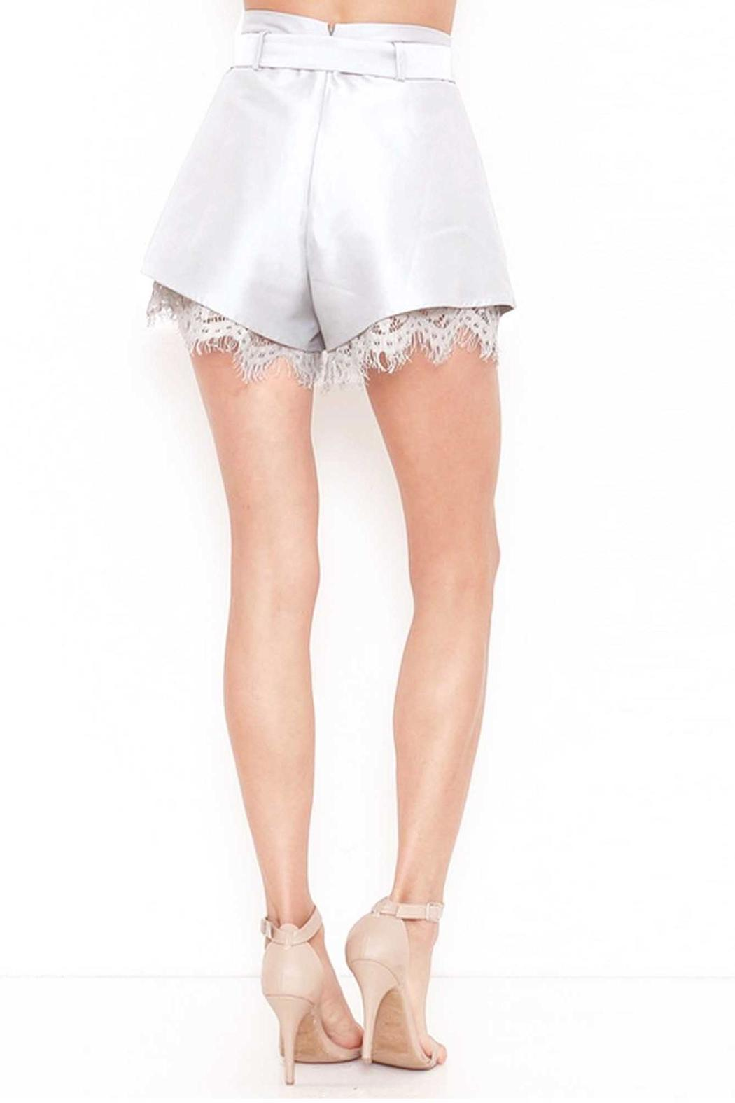 L'atiste Darling Shorts - Side Cropped Image