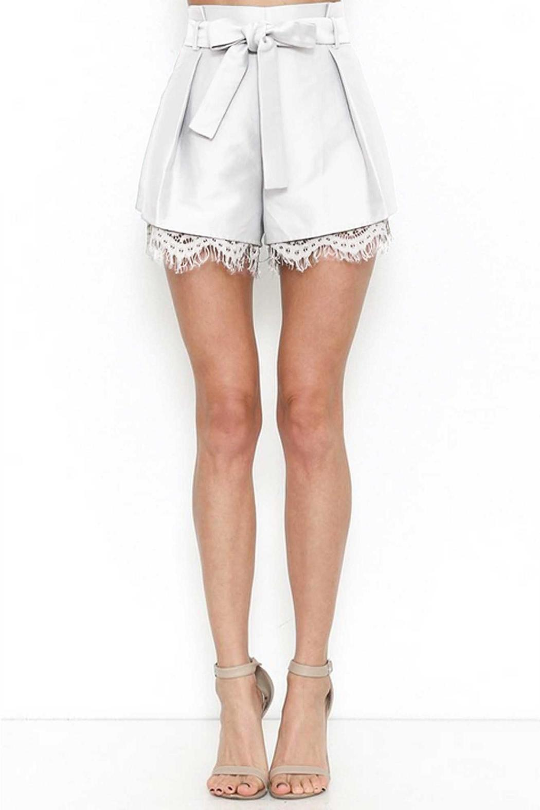 L'atiste Darling Shorts - Back Cropped Image