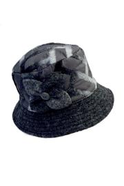 L'Imagine Grey Textured Hat - Front cropped