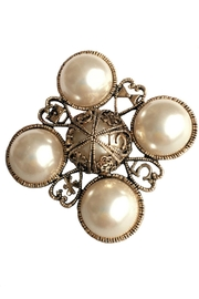 L'Imagine Pearl Brooch - Front cropped