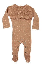 Lovedbaby L'OVEDBABY Infant Baby Organic Smocked Overall Footie - Front cropped