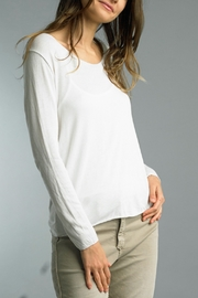 Tempo Paris L/S Basic Tee - Front cropped