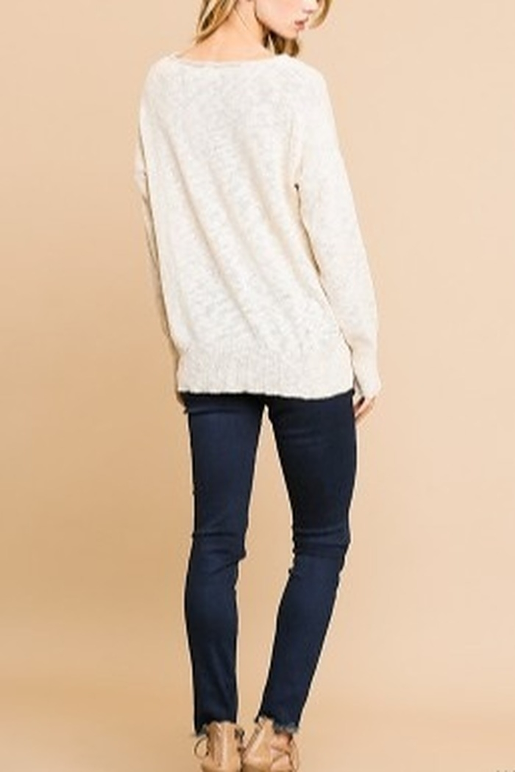 Umgee L/S KNIT VNECK TOP - Side Cropped Image
