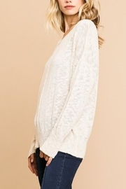 Umgee L/S KNIT VNECK TOP - Front full body