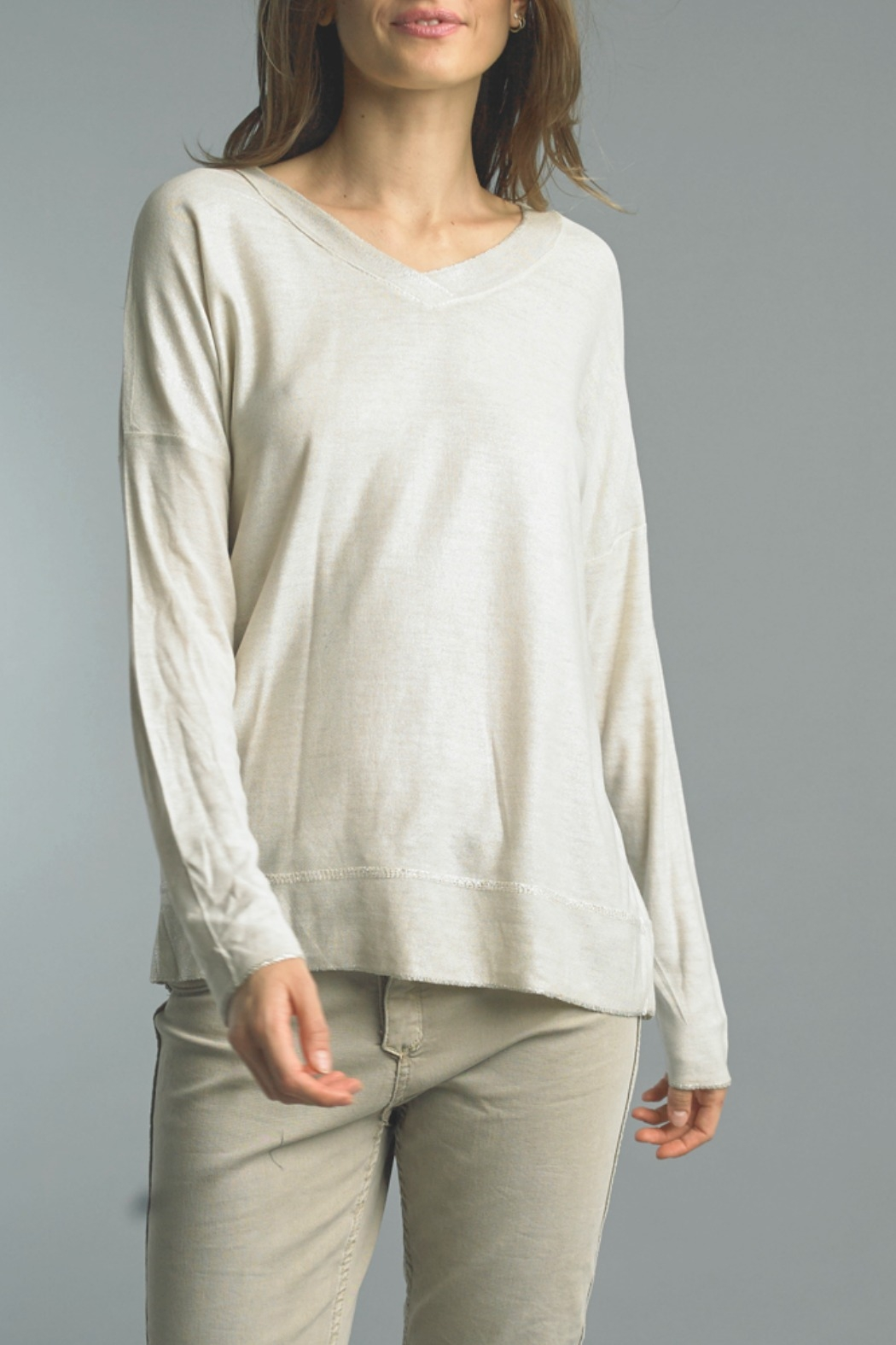 Tempo Paris L/S V Shimmer Top - Front Cropped Image