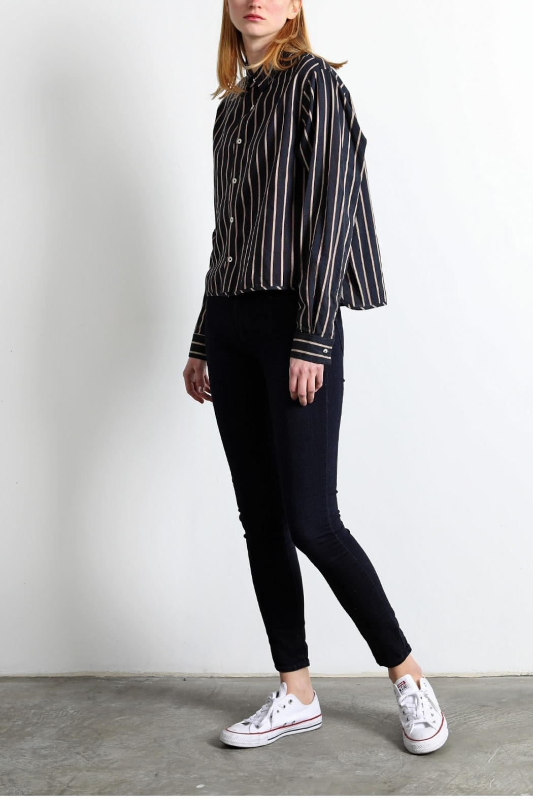 Mod Ref L/S Xavier Top - Side Cropped Image