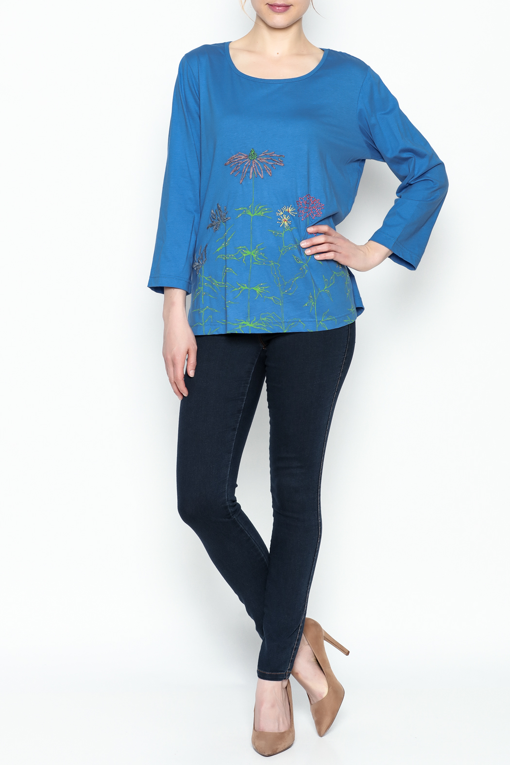 LA Blend Marina Scoop Top - Front Full Image
