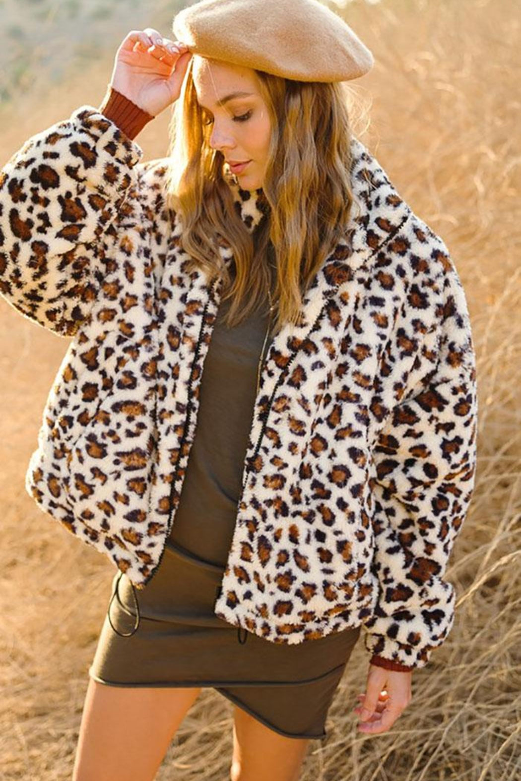 LA MIEL  Animal Leopard Sherpa Teddy Bear Cozy Jacket - Side Cropped Image
