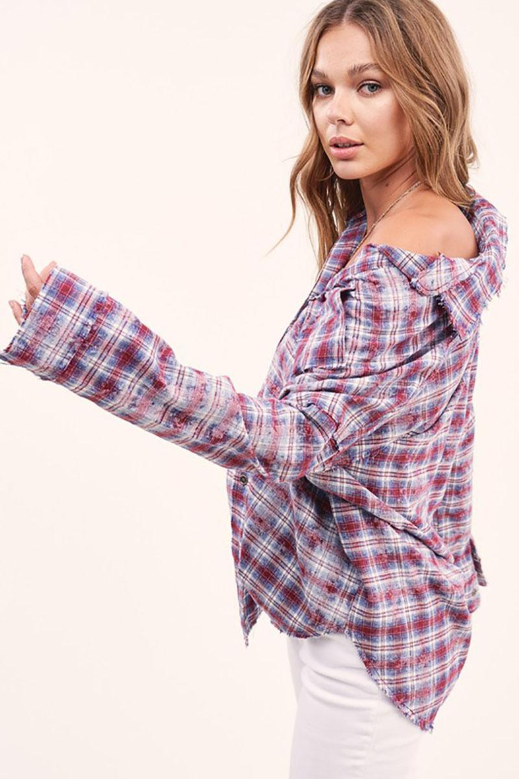 Mint Cloud Boutique Vintage Checkered Plaid Flannel Shirt - Side Cropped Image