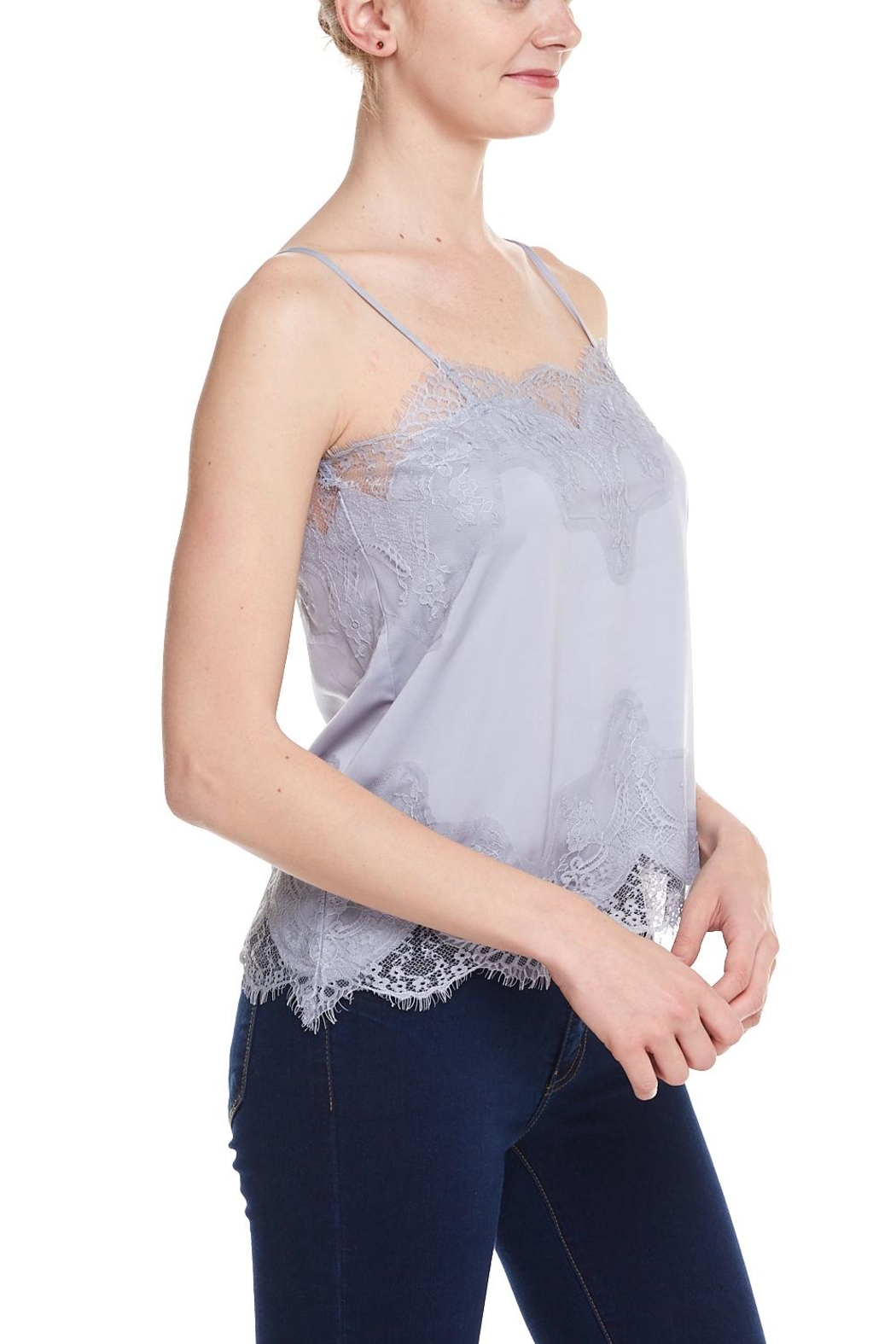 storia Lace Cami - Side Cropped Image