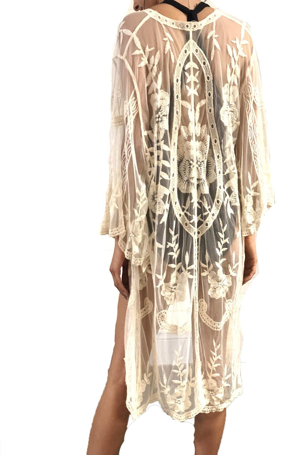 Renjo Lace Embroidered Duster - Side Cropped Image