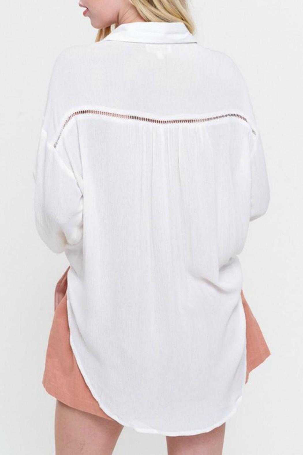 Listicle Lace-Inset White Blouse - Side Cropped Image
