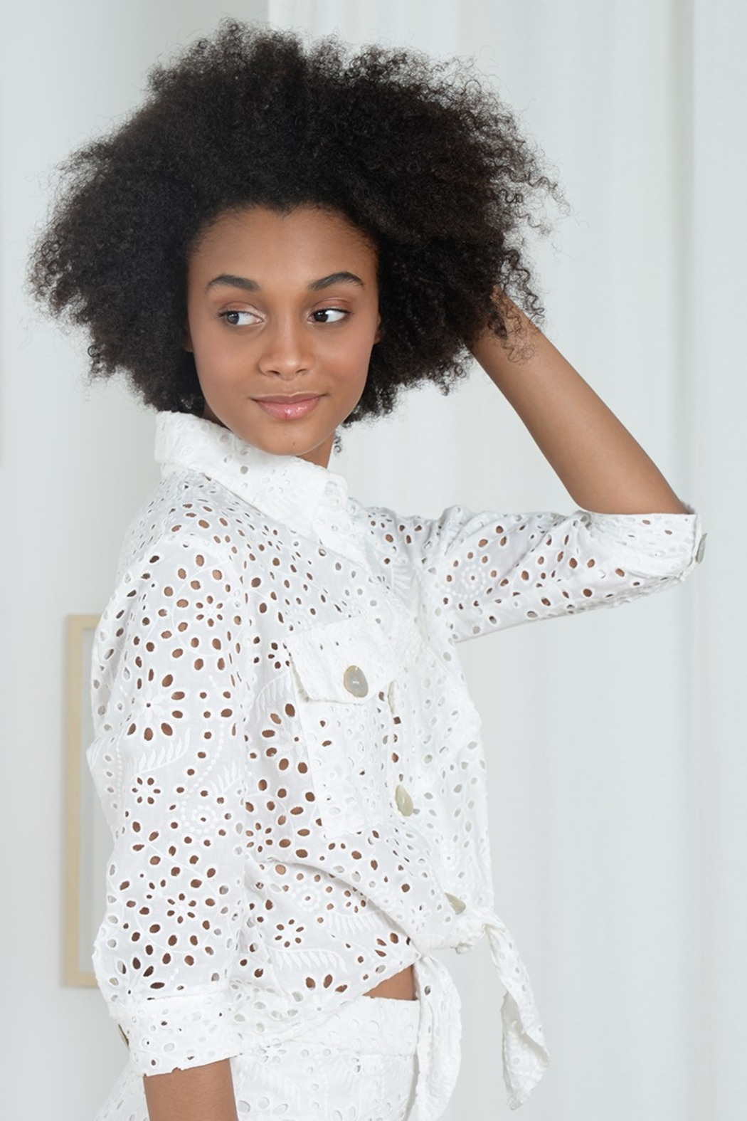 Molly Bracken LACE JACKET TIE FRONT - Side Cropped Image
