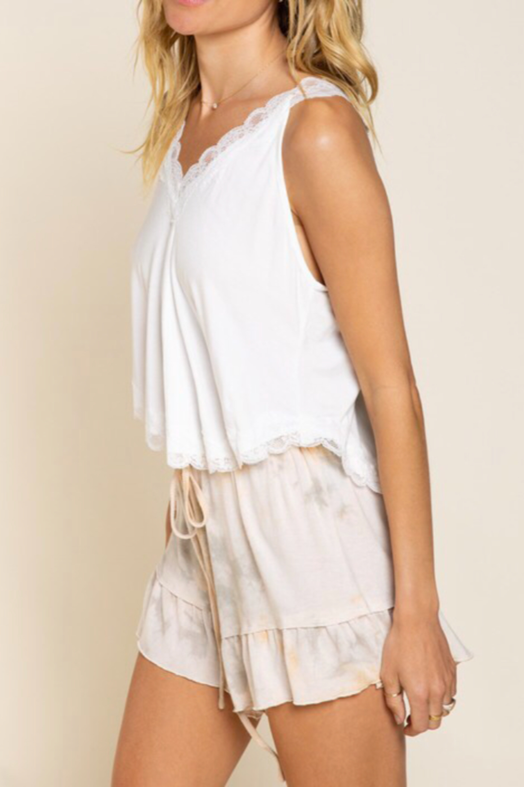 POL  Lace Knit Crop Tops - Side Cropped Image