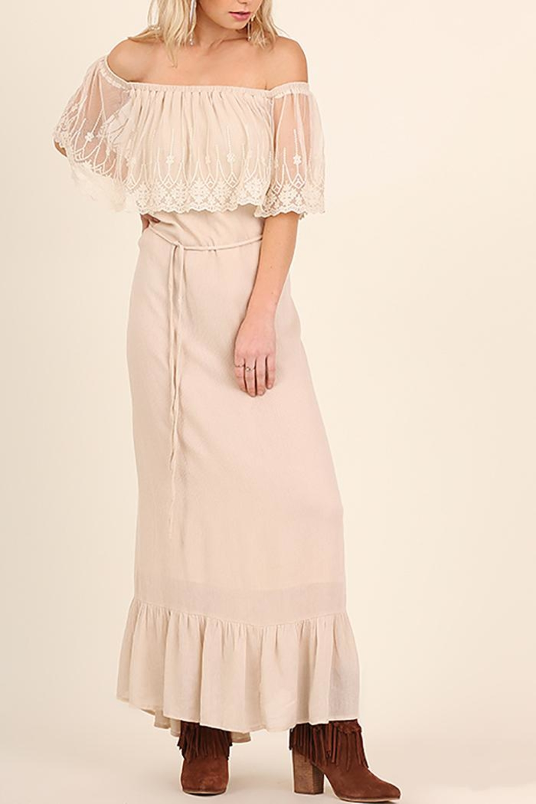 Entro Lace Maxi Dress - Main Image