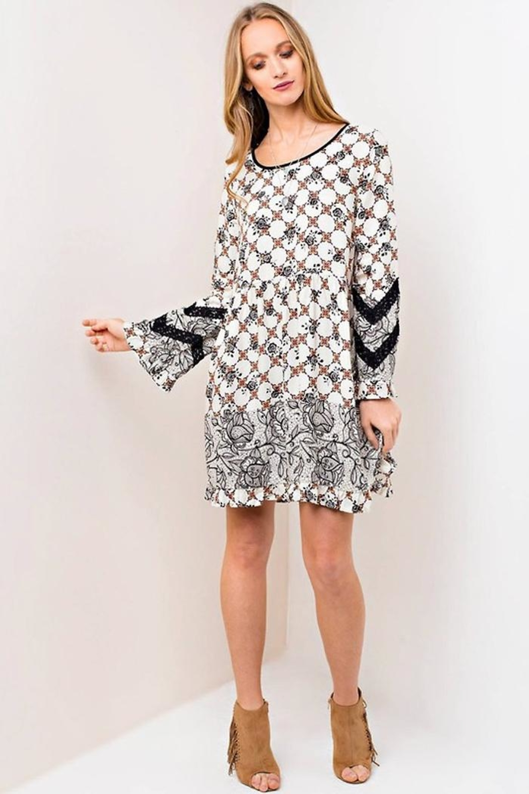 People Outfitter Lace Print Dress - Back Cropped Image