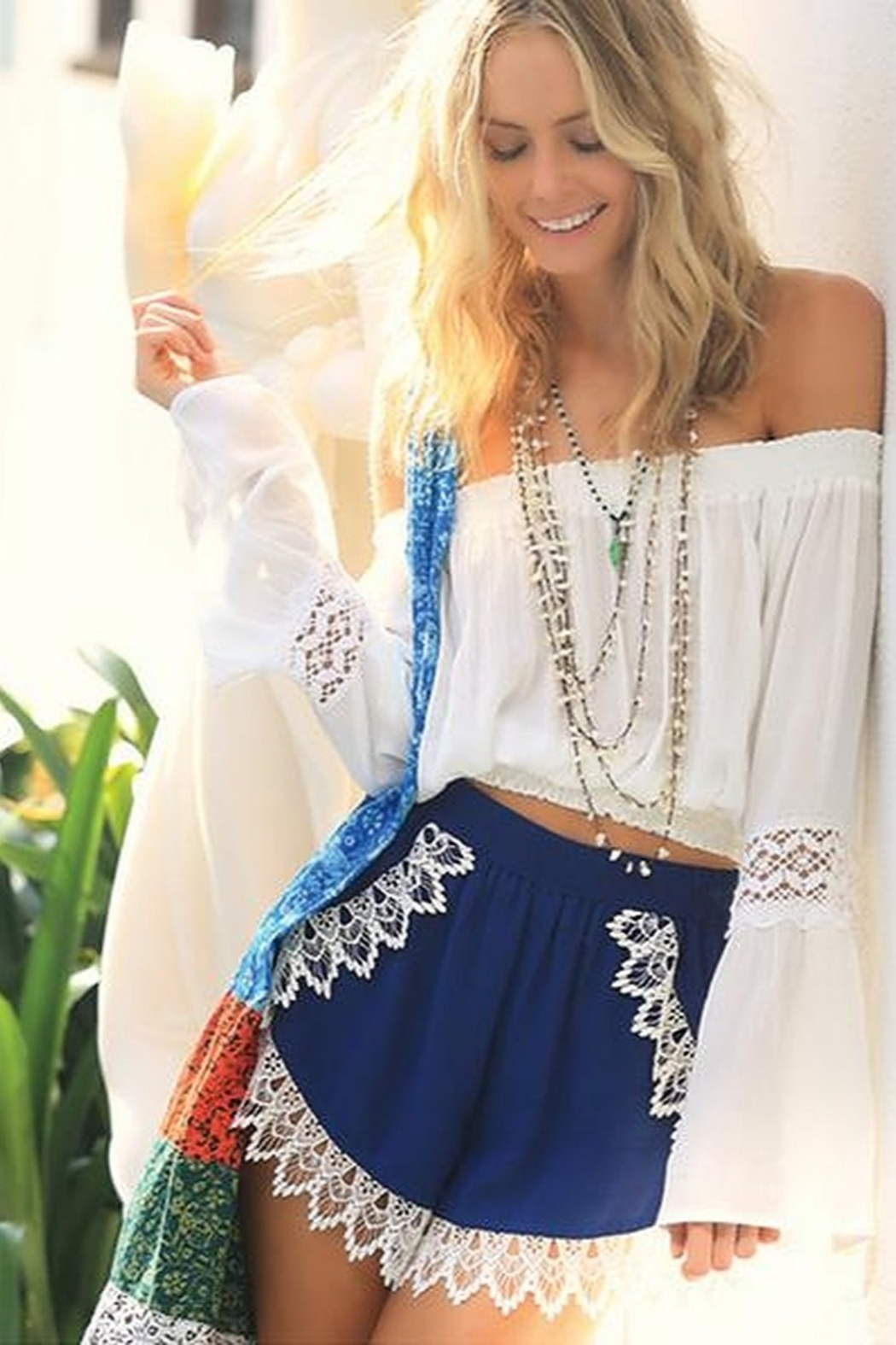 Lucy Love Lace Scallop Hem Shorts - Front Cropped Image