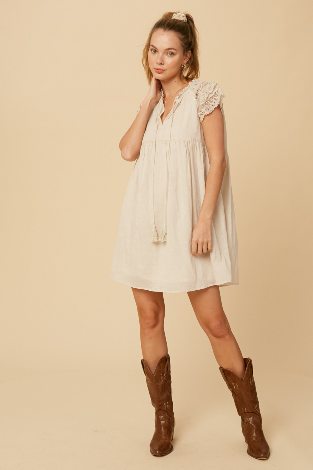 Listicle Lace Sleeve Dress - Side Cropped Image
