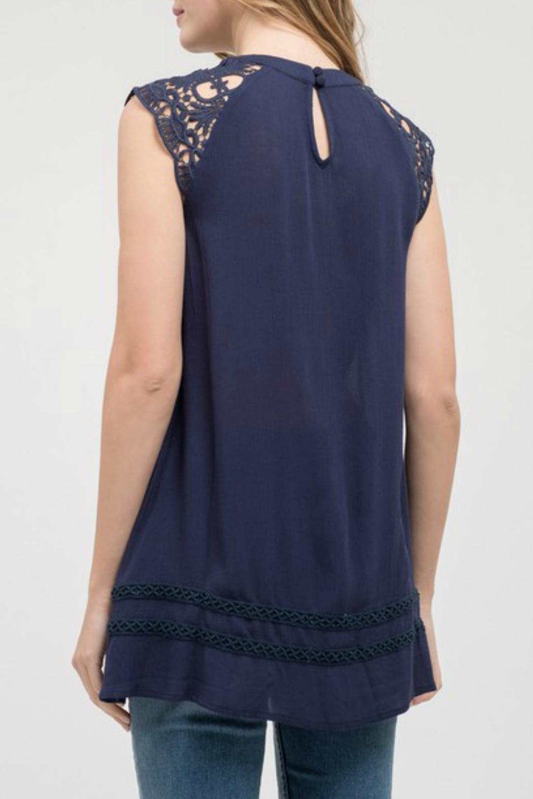 Blu Pepper Lace Sleeve Tunic - Front Full Image